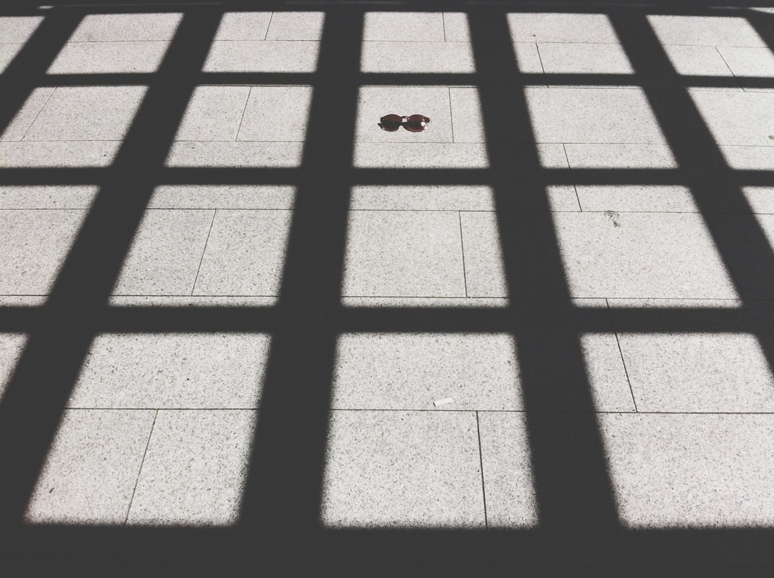 window, shadow, pattern, full frame, architecture, built structure, indoors, backgrounds, sunlight, geometric shape, square shape, day, building exterior, glass - material, no people, textured, tiled floor, wall - building feature, transparent