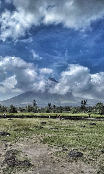 Sky Tree Cloud - Sky Nature Rural Scene Outdoors Growth Agriculture No People Beauty In Nature Day Mayon Volcano Philippines