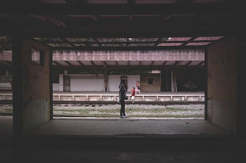 I like the capture of this.. Didn't plan for it but liked how it came out in the end Tanjongpagar Railways Railway Singapore Malaysia ASIA Lightroom Sonyrx100iv City Creative