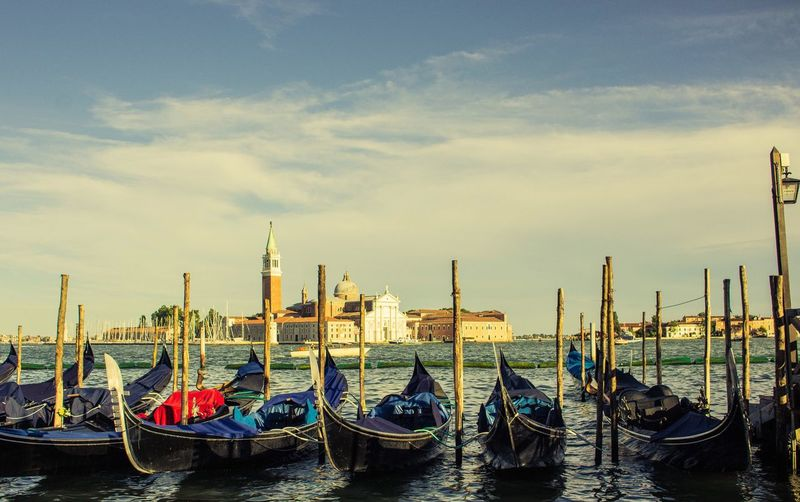 EyeEmNewHere Canon Canon1200d Venice Gondola Italy Europe Transportation Nautical Vessel Sky No People Nature Photographer Blue Sky Day Color Like Water Canon_official Canon_photos Canonphotography Blue Outdoors Love Like4like Done That. EyeEmNewHere