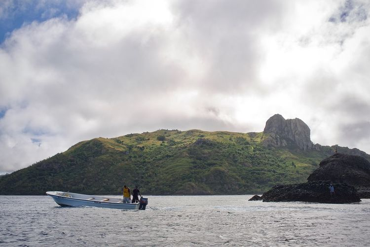 Leica Water Nautical Vessel Sea Transportation Fiji Islands Fiji Travel Destinations Holiday Boat On The Water