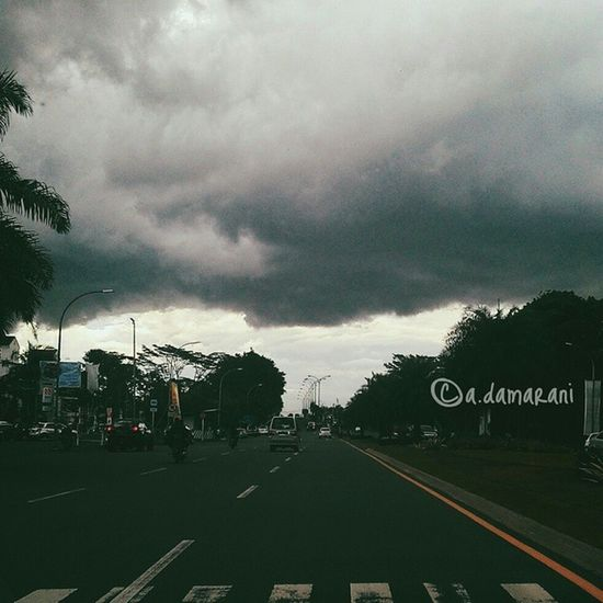 It's gonna rain Cloud Darkcloud How's The Weather Today? Cloudy VSCO Vscogram Tagsforlikes Nature Instalike Clouds And Sky