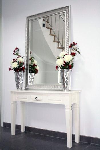Herzlich willkommen Entrance Mirror Eingangsbereich Elégance Home Interior Indoors  Staircase Table