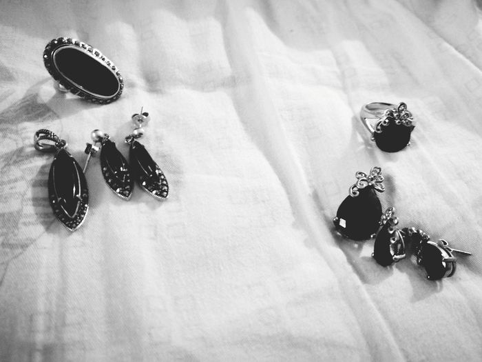 Jewelry Jewellery Jewels Silver - Metal Silver Jewelry EyeEm Selects Indoors  Fashion No People High Angle View Close-up Day