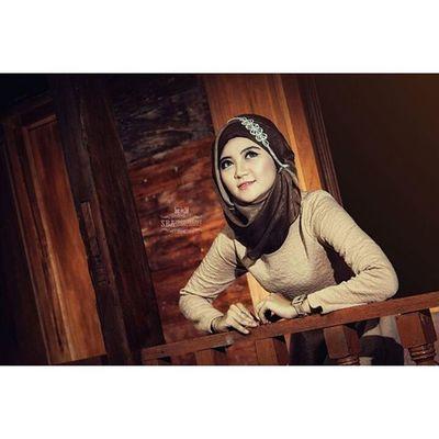 Irna Fathya Photoshoot Beautyhijab KMDCharity Strobist studioalamtvri sbaphotography