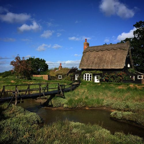 The witches cottage. Built Structure Water Solitude Bridge Creek Backwaters Essex Thatched Roof Where I Grew Up Saltmarsh Architecture House Kirby Le Soken