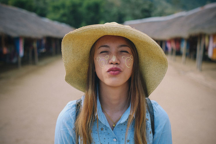 Happiness Happy Outdoors People Portrait Real People Uniqueness The Portraitist - 2017 EyeEm Awards This Is Natural Beauty