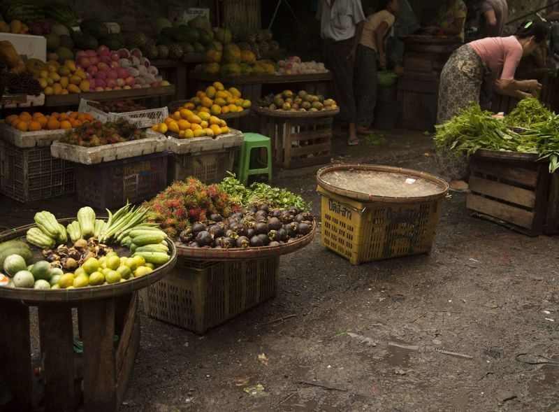 Yangon Arrangement Burma Choice Day Food Food And Drink For Sale Freshness Fruit Healthy Eating Market Market Stall Myanmar View No People Outdoors Retail  Variation