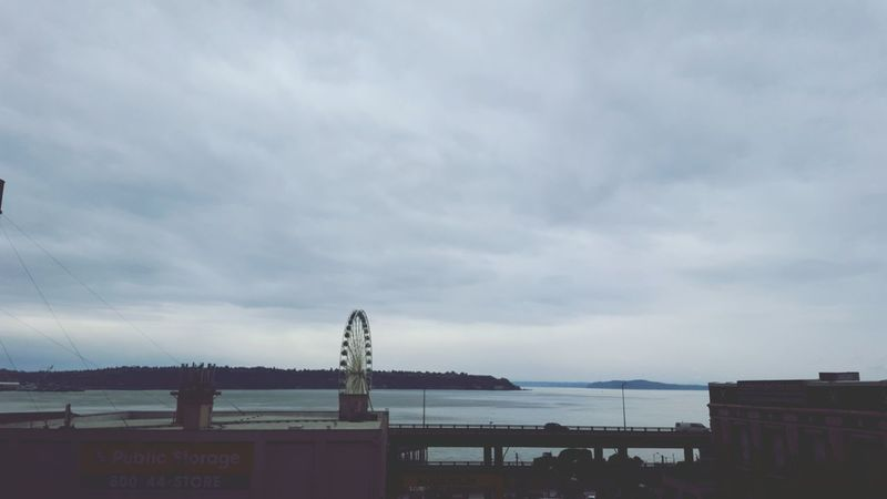 Hello World Horizon Waterfront Sea And Sky Seattle EyeEm Ambassador Seattle Skyline Seascape Riesenrad Eye Em Around The World