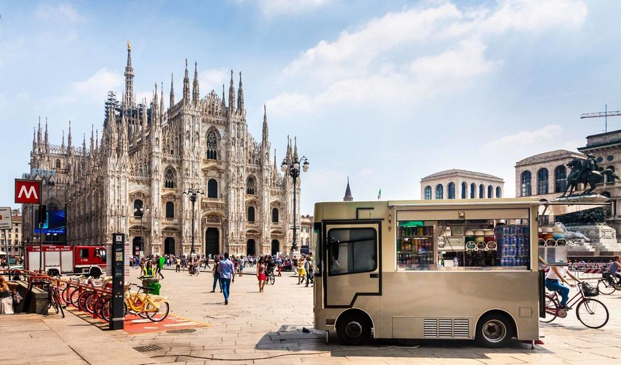 Food Truck Outside Milan Cathedral