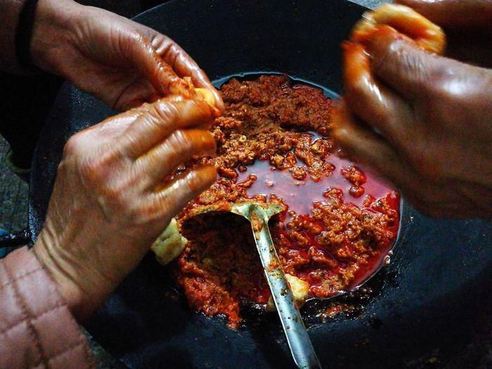 中国人的一天--春节 Human Hand Food And Drink Real People Preparing Food Food One Person Preparation  Human Body Part Holding Freshness Close-up Indoors  Healthy Eating Octopus Day