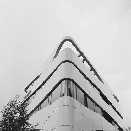 White EverchangingBerlin NEM Architecture AMPt - Angles