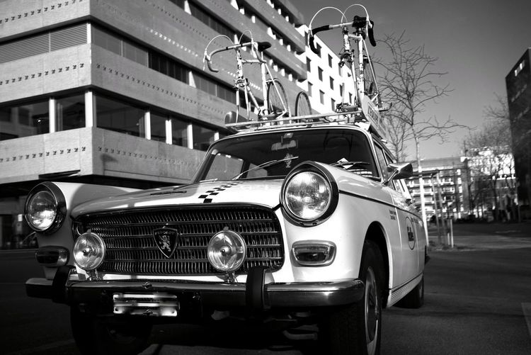 Streetphotography Peugeot Blackandwhite Cyclinglife Cycling Tour De France Vintage Cars Vintage Car Mode Of Transportation Transportation Motor Vehicle City This Is Aging Street Retro Styled Stationary Adventures In The City