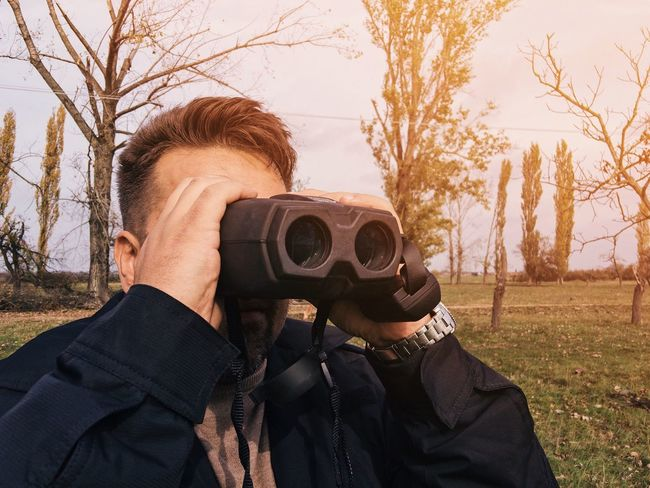 Bird's eye view 👁... Observation Point Observing Scout Gadget Military Autumn Looking Lens Lens - Optical Instrument Optic Optical Instrument Leisure Activity One Person Headshot Waist Up Real People Day Outdoors Holding Standing Lifestyles Cold Temperature Warm Clothing Close-up Young Adult Nature