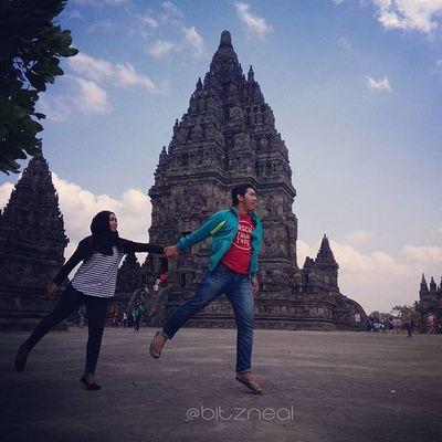 KemanaPun aku pergi kamu hrs bersamaku. *aheeyyy* Prambanan Jogja Love BitzArt INDONESIA Java Instagram