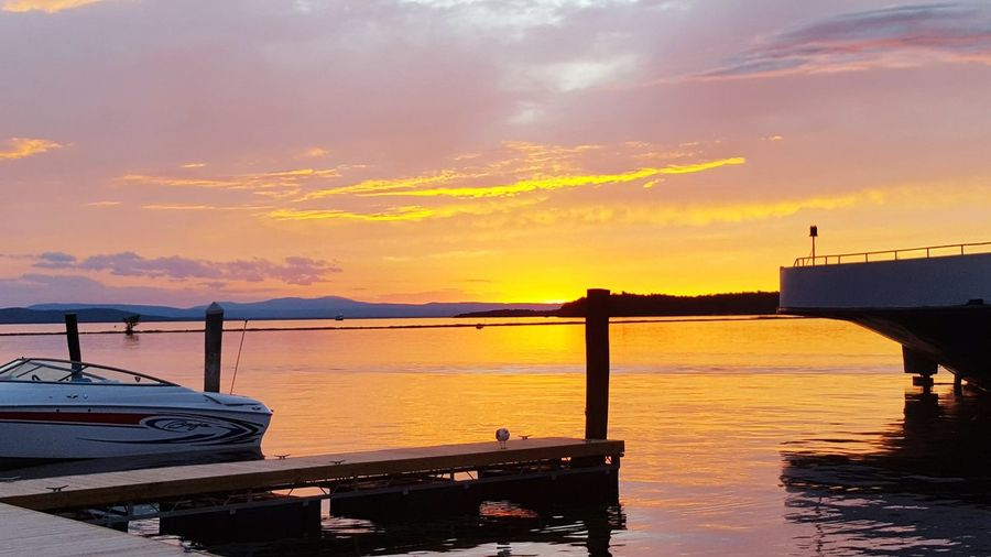 Sunset Lake Champlain Vermont_scenery Vermont Speedboat Water Reflections Sunset And Clouds  Sunsetreflections Lakeside Lake View