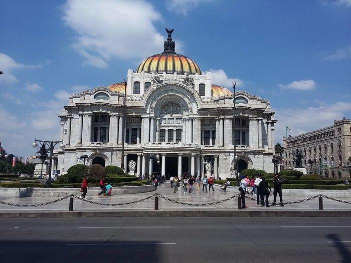 Palacio de Bellas Artes. Architecture Vel Destinations Built Structure Tourism Building Exterior People Day Concert Hall  Outdoors Dome First Eyeem Photo