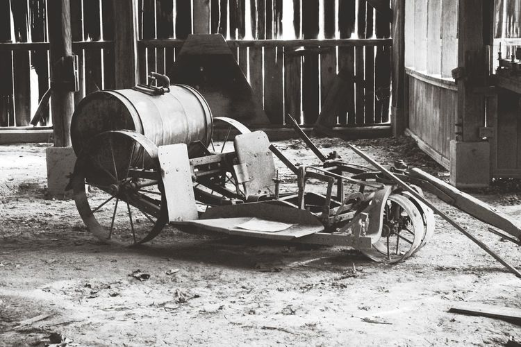 Tobacco tractor