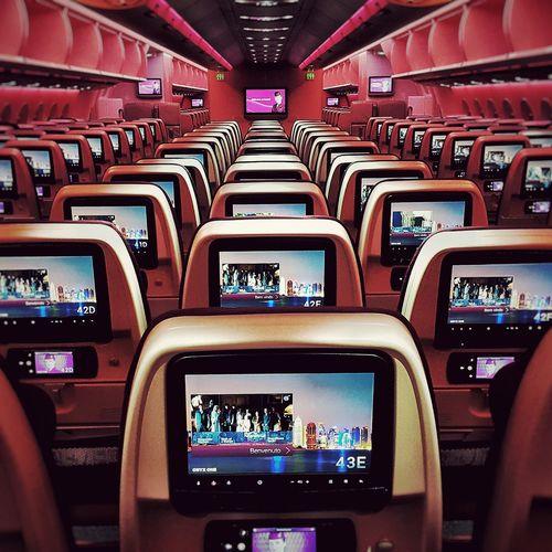 Cabin Crew Daily Cabincrewlife AirPlane ✈ Aircraft Carrier Airbus A350 XWB Qatar Airways Bievenuto EyeEmNewHere