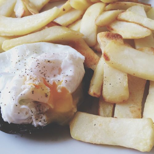 Breakfast by me! EGGBENEDICT Mushrooms Chips