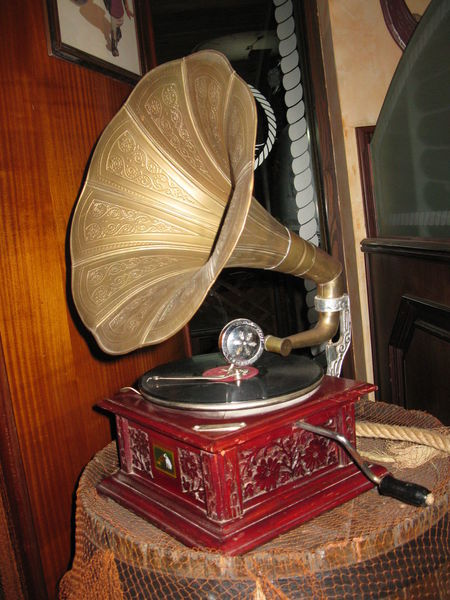 Antique Close-up Day Giradischi Giradiscos Gramophone Indoors  Music Musical Instrument No People Old-fashioned Retro Styled Table Technology Vintage Wood - Material