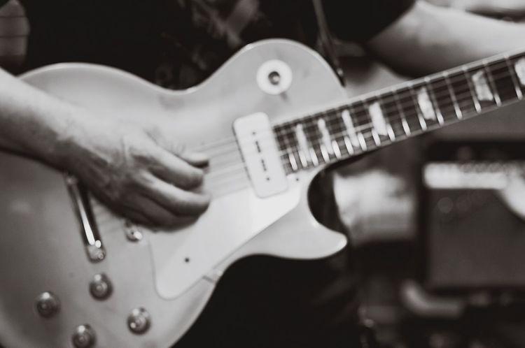 Blackandwhite Planar50/1.4 Pentaxk7 Black & White Planar Carl Zeiss Monochrome EyeEm Gallery Pentax Bw_lovers Bw_collection Gibson Gibson Les Paul Guitar