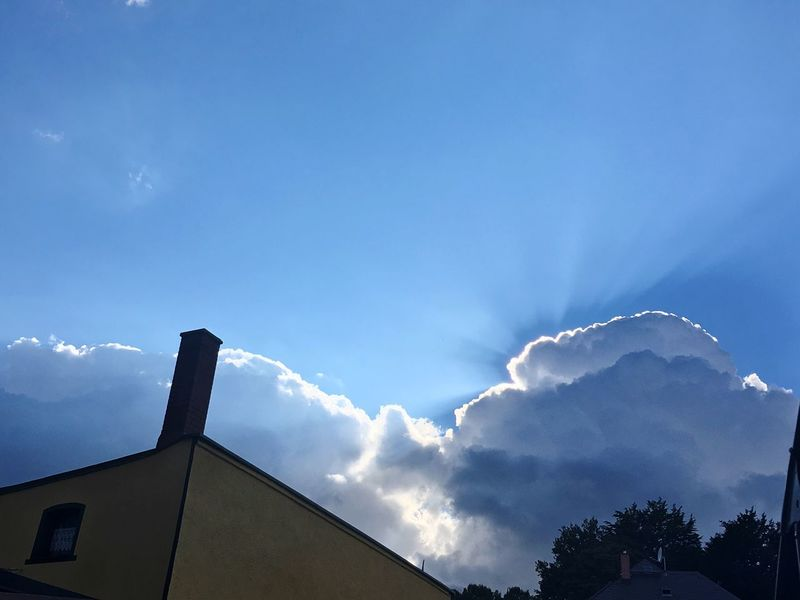 Low Angle View Built Structure Sky Architecture Building Exterior Blue Cloud - Sky No People Outdoors Day Nature Beauty In Nature Vapor Trail Schneeberg