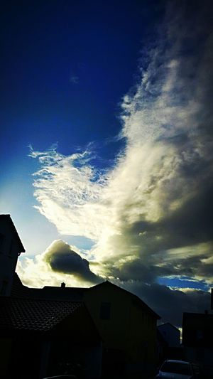 Dramatic Sky Cloud - Sky Sky Power In Nature Low Angle View Nature Motion Architecture Astronomy Freshness Cold Temperature 43 Golden Moments The Street Photographer - 2016 EyeEm Awards EyeEm Nature Lover Built Structure ,photoing A View ,Wat ,Wave, Wung(The Grand Green Color Performance Silhouette Relaxing Beauty In Nature Focus On Foreground Heat - Temperature Sunlight Dramatic Sky