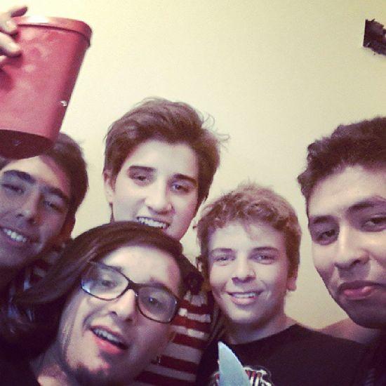 Con gonza, chiqui, juan y gringo Fernet Pizzascaseras Cumbia Nochedeamigos