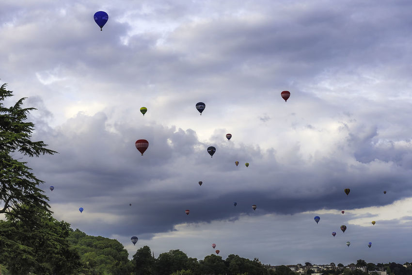 Bristol Balloon Fiesta 2017 Adventure Balloon Ballooning Festival Balloons Cloud - Sky Day Flying Hot Air Balloon Low Angle View Mid-air Outdoors Scenics Sky