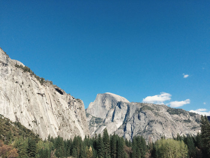 Clear Sky Cliff Copy Space Geology Landscape Majestic Mountain Mountain Range Physical Geography Remote Rock Rock Formation Rocky Rocky Mountains Rough Scenics Tranquil Scene Yosemite