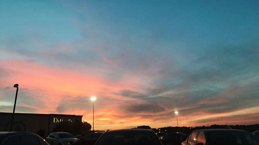 A nice sky at Woodland Hills Mall EyeEm New Here