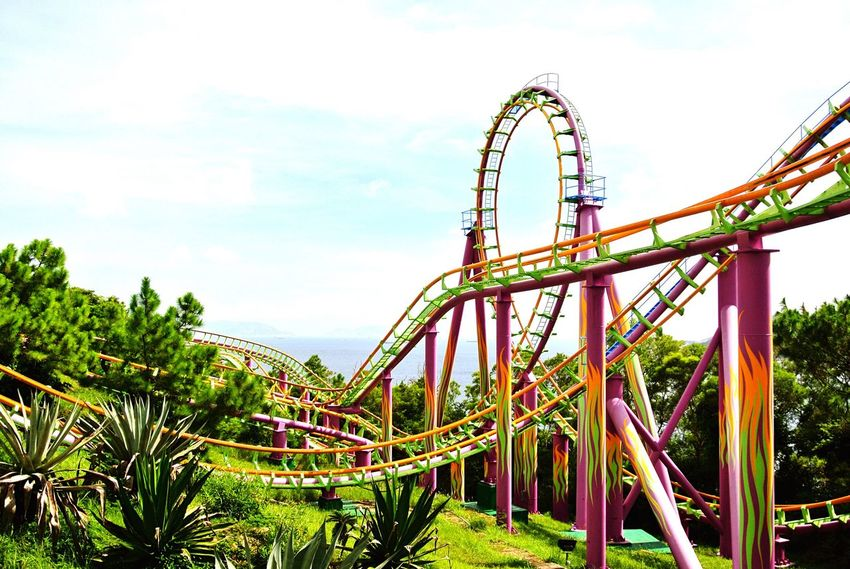 Ocean Park HongKong Amusementpark Theme Park Ride Roller Coaster Adrenaline Junkie Heights Tourism The Tourist Showcase: February Vivid Colors Of Carnival Rollercoaster Rollercoasters Rollercoaster In The Sun Rollercoaster Track Amusement Parks Theme Park Ride Tracks Adrenaline Gforce Gravity Thrill Thrillseeker