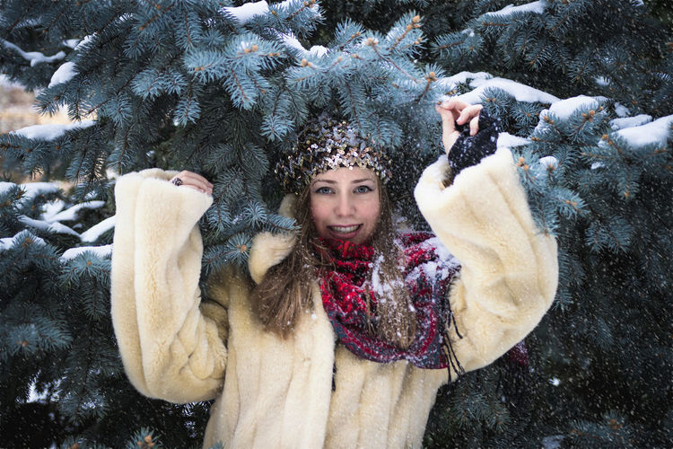 Katarina Winter Snow Cold Temperature Portrait Looking At Camera Smiling One Person Warm Clothing Tree Young Adult Women Clothing Nature Front View Happiness Day Leisure Activity Snowing Beautiful Woman Fur Hat Model Girl christmas tree Christmas EyeEm Selects