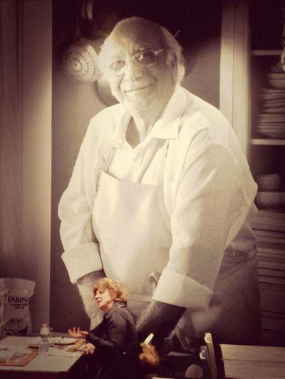 Giovanni Ha Le Mani In Pasta...