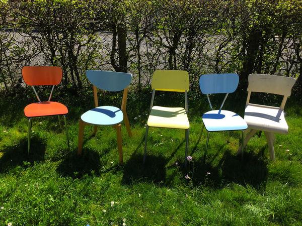 Chair Day Five Fünf Garden Garten Grass Green Color Nature No People Outdoors Rasen Style Stühle Sun Vintage