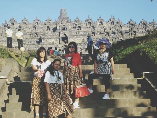 Candi Borobudur Family Time