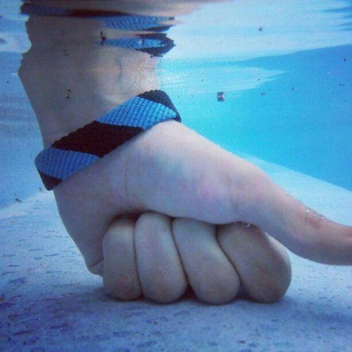 Primer foto bajo el agua con mi celular Motorola Defy Agua Funciona