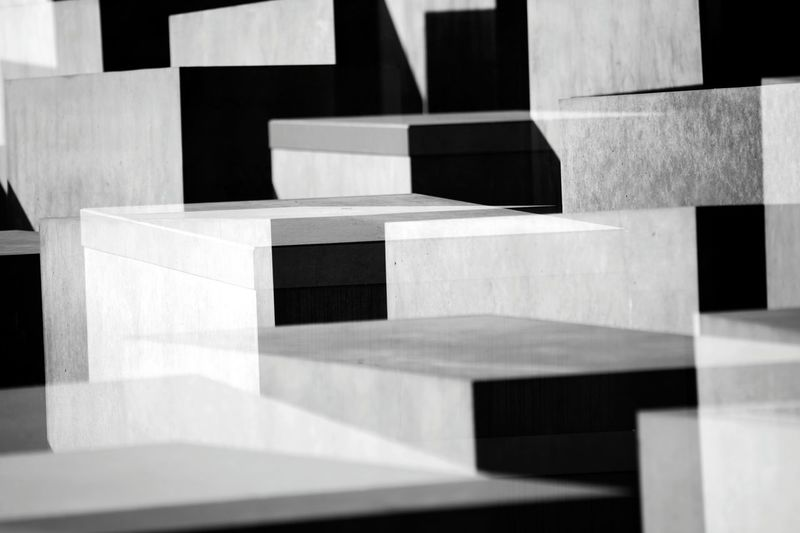 Muster Mix Silhouette Textures And Surfaces Geometric Shapes Angles And Lines Double & Double Lines, Shapes And Curves Pattern, Texture, Shape And Form Black & White Abstract Abstractions Quadrate Black And White Architecture Architecture_bw Urban Exploration Pivotal Ideas