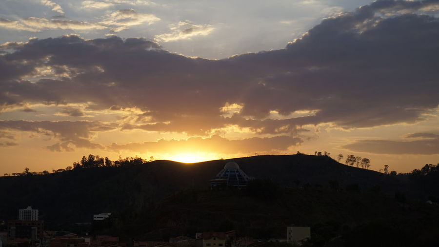 Sunset Mountain Landscape Nature No People Outdoors Itajubá Minas Nasgeraiseassim