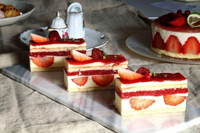 Sweet Food Sweet Pie 딸기 French Food Freshness Strawberry 케이크 Cream 무스케이크 후람보아즈 달달구리 Dessert