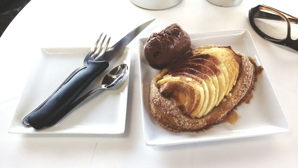 My Favorite Breakfast Moment My Favorite Photo of the Day puff pastry apple - fruit objects and subjects beautiful organized Dark Chocolate ice cream food photography Sens WhiteCollection Breakfast Time Premium Eyeem Market Delicious Cutlery My Favorite Breakfast Moment Puff Pastry Apple - Fruit Objects And Subjects Dark Chocolate Ice Cream Food Photography SensExperiencE Sensecommunication Good Morning World! Reflection Obsession To Start The Day Of With A Positive Beginning  Fine Art Photography Ready-to-eat No People