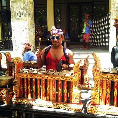 Garuda wisnu kencana art team Bali Culture Paradise  Garuda Wisnu Kencana Bali INDONESIA