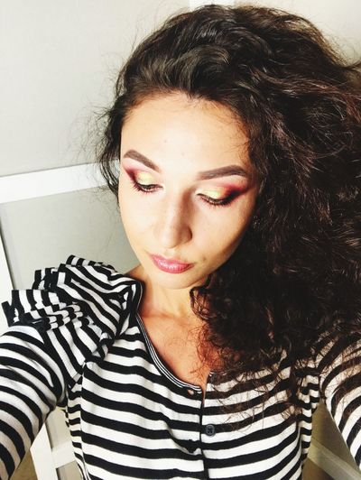 Make Up 💋 Make Up ART Make Up ❤ Young Adult Striped One Person Long Hair Real People Young Women Front View Portrait Lifestyles
