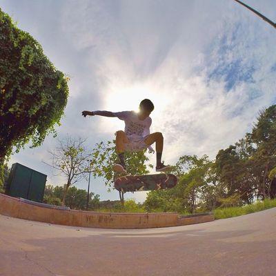 Kickflip Gopro Skateboarding