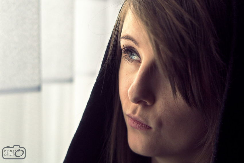 Young woman looking out of the window Adult Beautiful Woman Beauty Close-up Day Human Body Part Human Face Indoors  One Person People Portrait Real People Women Young Adult Young Women