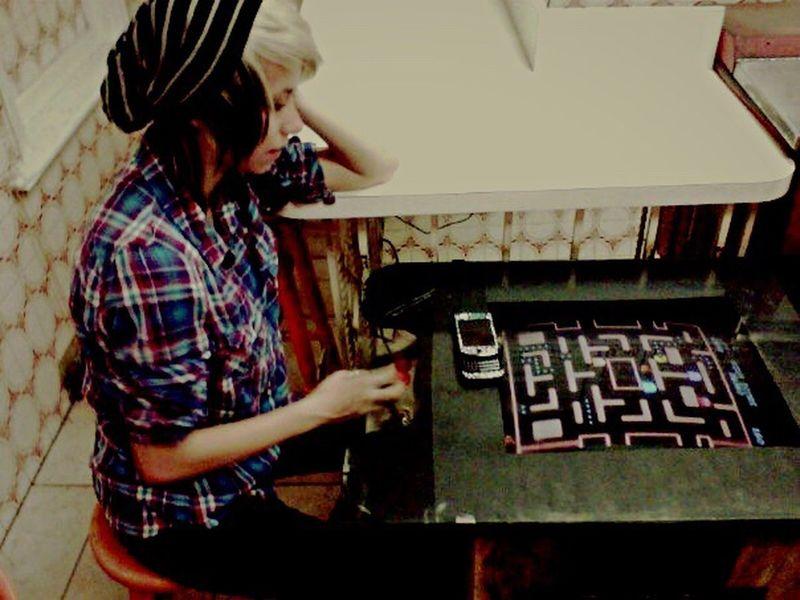 Oldie  Beautiful Happy Canada Toronto Pacman Vintage Videogames Friends Toronto Canada TorontoLife Adventure Wanderlust Bestfriend Cutie Plaid Pizza Shop