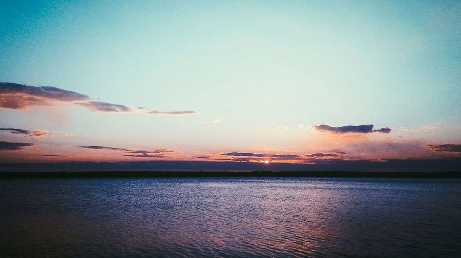Hiding spot for when you can't even. Shown to me by a dear friend. Lake Sunset Allzen Sunshine Sky Collection Nature_collection Waterscape Sunset_collection Clouds Clouds And Sky