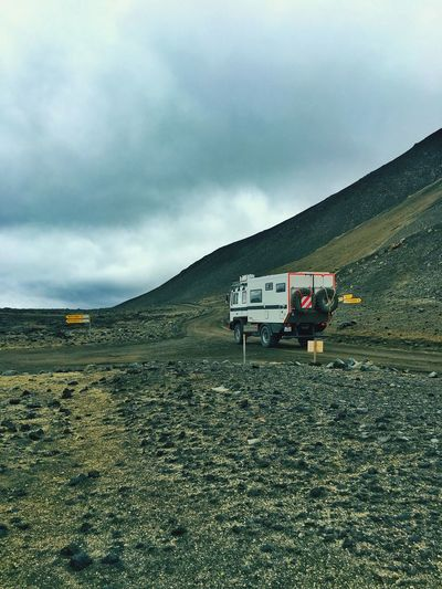 Gravel Road Highlands Iceland Camper Iceland216