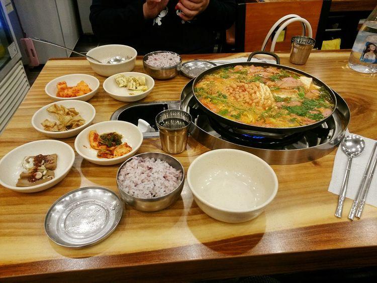 Love this food. Budae Jjigae Food Budaejjigae Budaejigae South Korea Food Stories